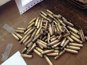 I bossoli formati ed usati per il test partendo dai dei 223 della Privi Partizan