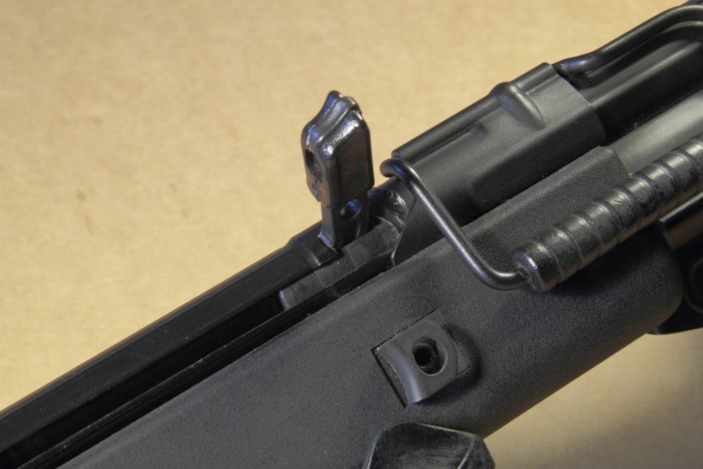 MKE T41 - Manetta di armamento