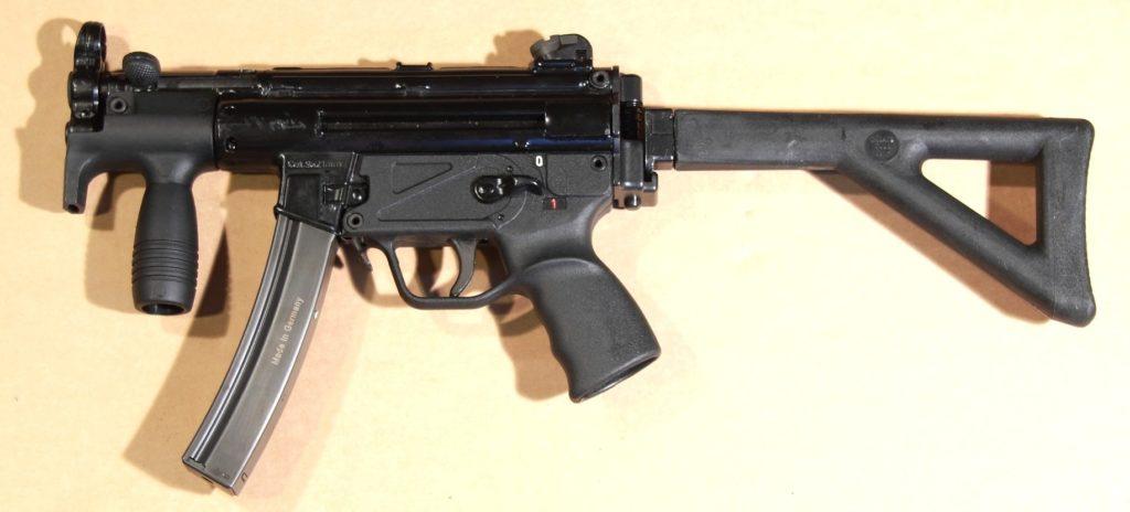 L'MKE T94K con claciolo pieghevole