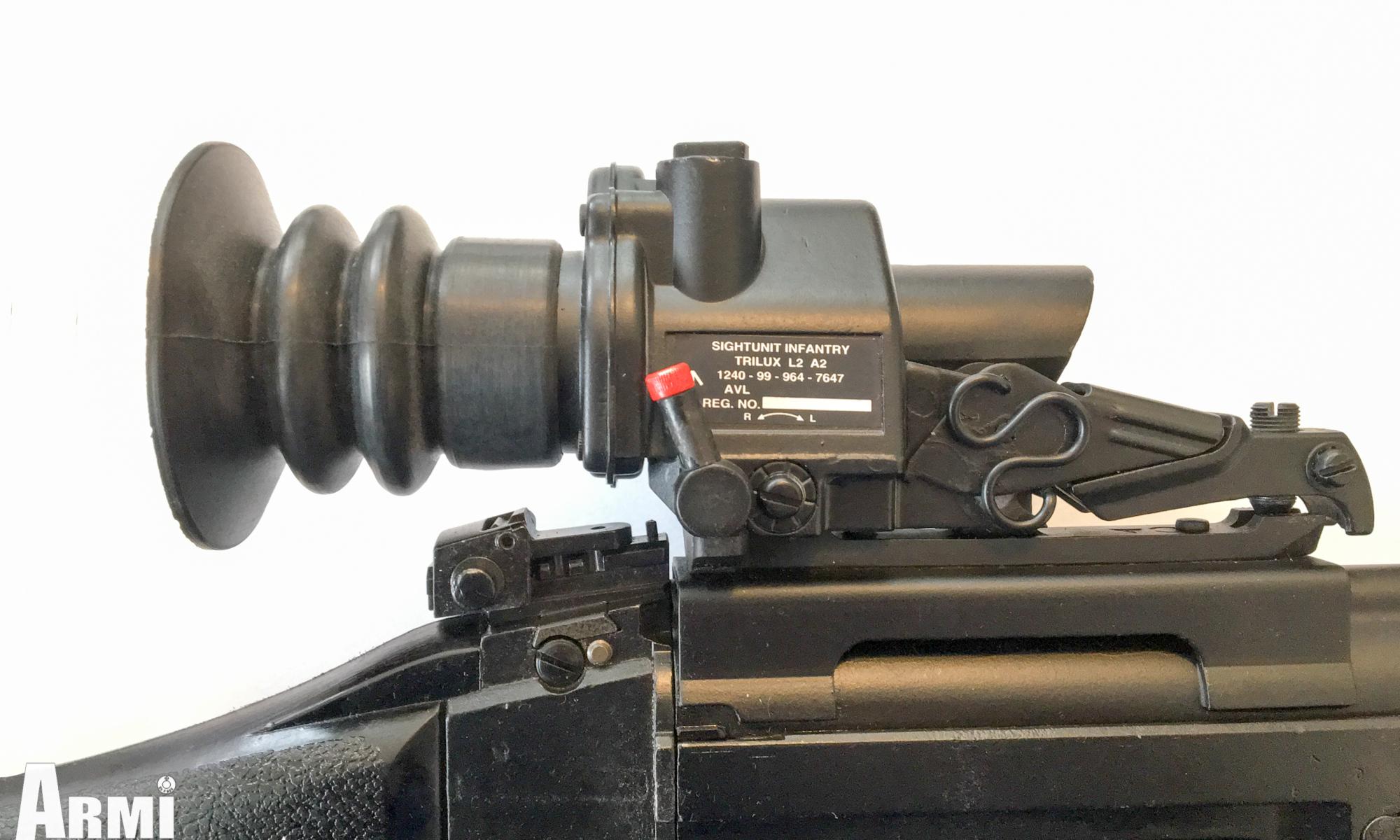 Trilux S.U.I.T. L2A2